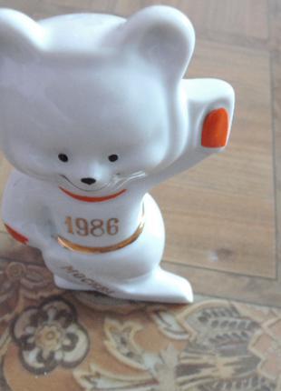 фарфоровая статуэтка-ссср-мишка.медведь