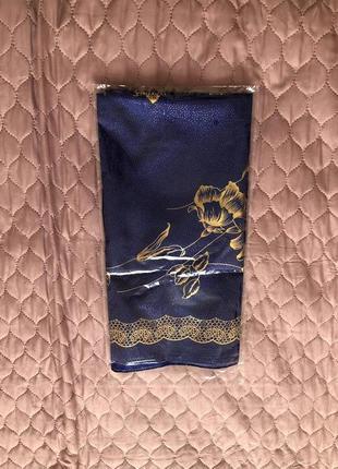 Красивейший платок, косынка, новый в упаковке. супер!