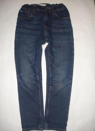 Фирменные denim джинсы узкачи мальчику 7-8 лет в идеале