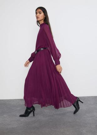 Шифоновое платье с плиссировкой от zara