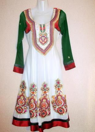 Платье в восточном стиле вышивка