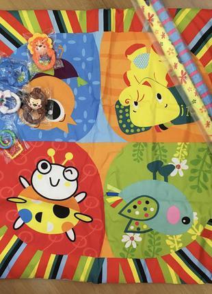 Развивающейся коврик  для детей  с подвесными игрушками lindo