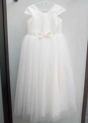 Детское платье айвори 32 размер