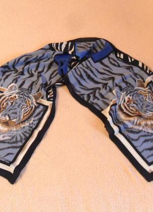 Шелковый шарф с тигровым рисунком