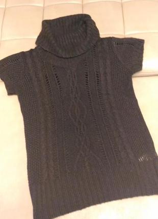 Вязаный свитер terranova с коротким рукавом размер m