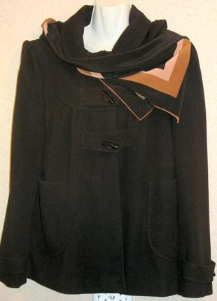 Даффлкот черный f & f р12 стильная вещь, очень удобная и краси...