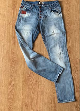 Світлі джинси/ светлые джинсы  рр М/Л
