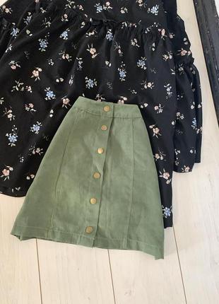 Зеленая юбка под замш на кнопках