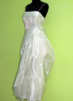 Бальное концертное маскарадное платье молочное англия дебют