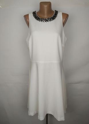 Платье белое шикарное креп с ожерельем marks&sepncer uk 14/42/l