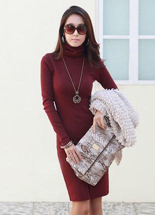 Женское бордовое платье марсала