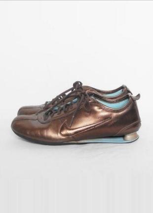 Кожаные кроссовки спортивные беговые nike shox