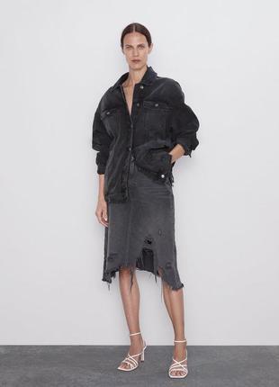 Рваная джинсовая юбка миди zara, джинсова спідниця міді зара