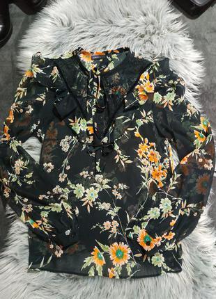 Очень красивая стильная блуза marks& spencer