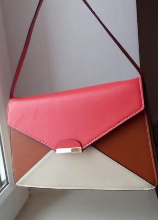 Красивая сумка - клатч o'stin