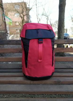 Баскетбольный рюкзак с карманом для мяча nike kyrie irving red...