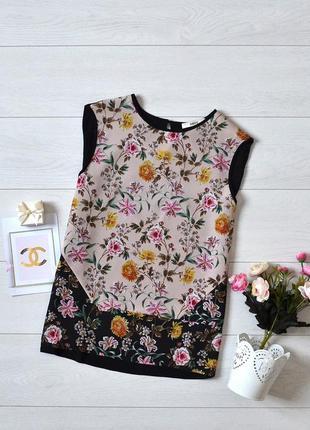 Красива блуза в квіти oasis