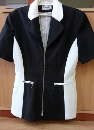Стильный, деловой, брендовый пиджак на молнии. бренд pimkie