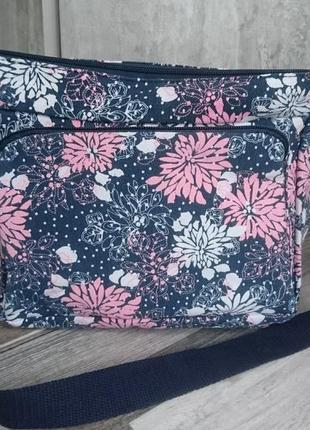 Симпатичная сумка весна - лето