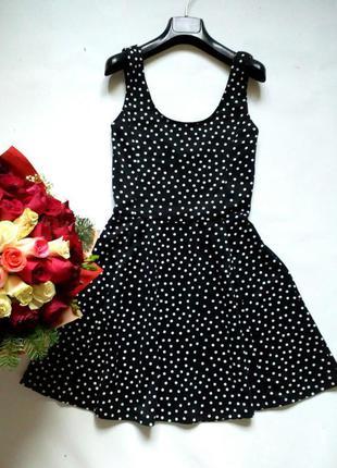 Базовое чёрное платье в горох