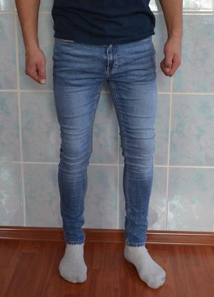 Зауженные джинсы от topman