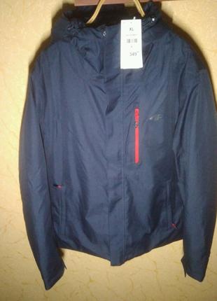 Курточка мужская 4F