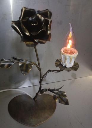 Кованый ночник-светильник роза