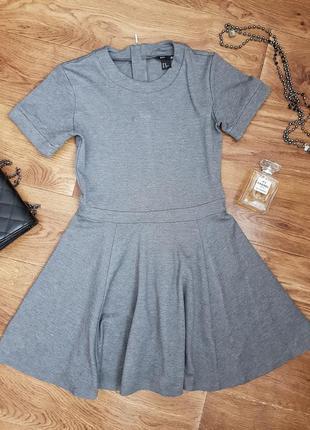 Серое трикотажное платье короткое мини сіра трикотажна сукня к...