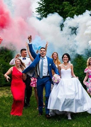 Ручний кольоровий дим червоний середньої насиченості(дим12)