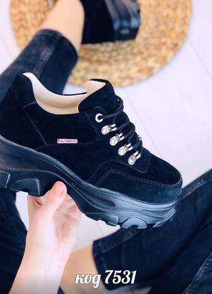 Замшевые кроссовки на платформе,чёрные замшевые кроссовки на м...