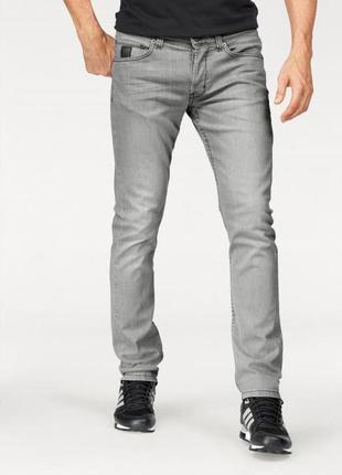 Стильні джинси bruno banani