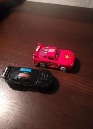 Машинки детские черная и красная