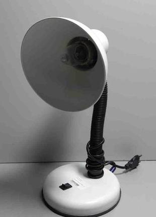 Лампа настольная на гибкой штанге