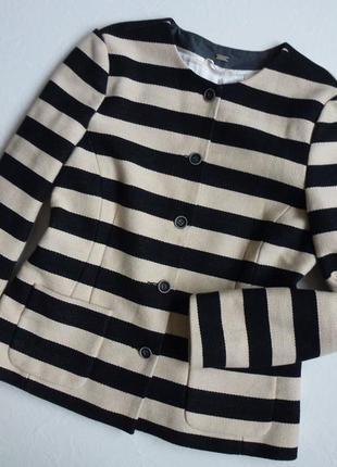 Плотный пиджак на весну/премиум класса