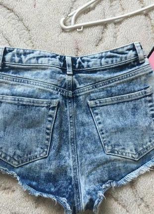 Очень крутые джинсовые шорты с высокой посадкой topshop moto
