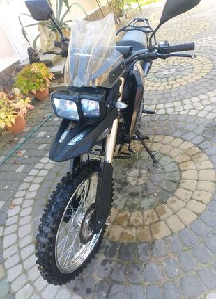 Продам мотоцикл shineray x-trail 250cc