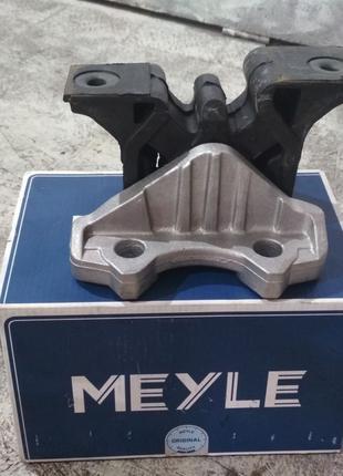 Подушка двигателя правая Opel Combo Опель Комбо 01 - 11