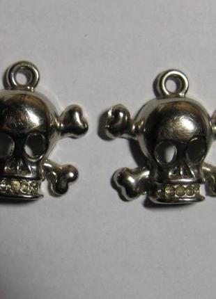Элемент декора черепушки