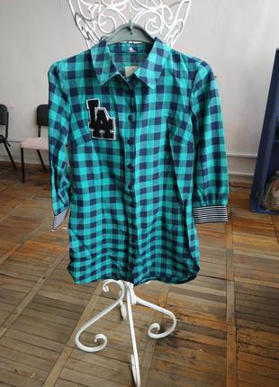 Женская рубашка в клетку зеленая