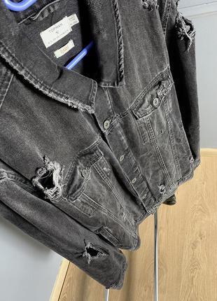 Джинсовая куртка серая джинсовка с рваностями в стиле гранж to...