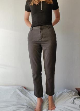Брюки штаны серого цвета