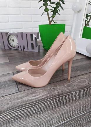 Шикарные новые пудровые нюдовые туфли лодочки