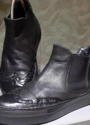 Женские демисезонные ботинки 39р