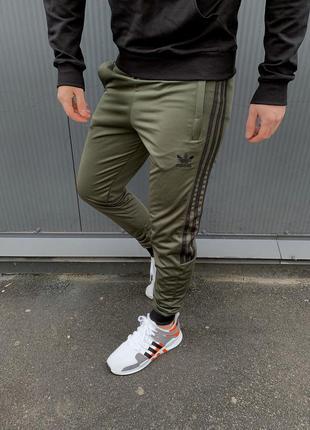 Спортивные штаны adidas new недорого
