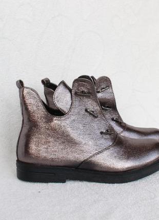 Демисезонные ботильоны, ботинки 38 размера на низком ходу