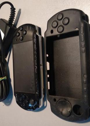 Sony PSP-3004 приставка