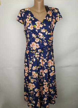 Платье новое трикотажное красивое в цветы uk 14/42/l