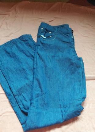Летние легкие джинсы широкая штанина 28 размер