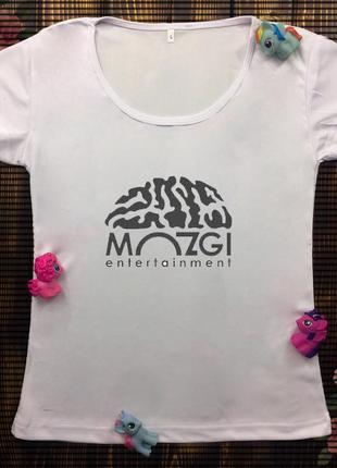 Женская футболка  с принтом - мозги