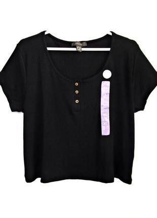 Удобная короткая футболка в рубчик с пуговицами р.18-20